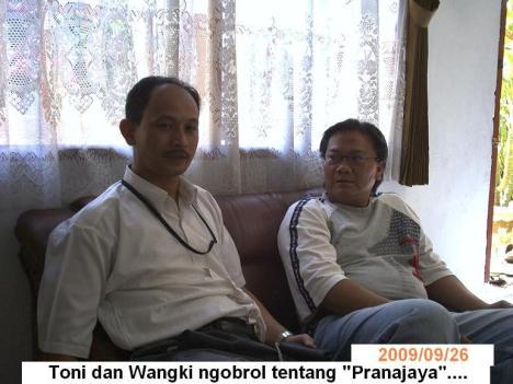 Wangki dan Toni tengah menjajagi kerjasama bisnis...:)