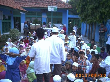 Buka Puasa Bersama di SDS Krishna