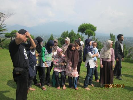 Foto Keluarga di Bukit Panorama